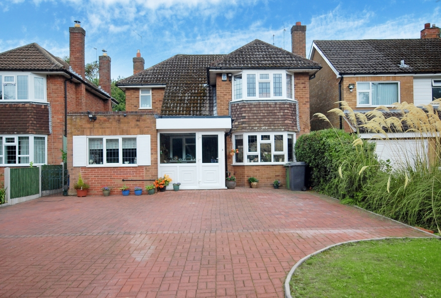 147 YEW TREE LANE, Tettenhall