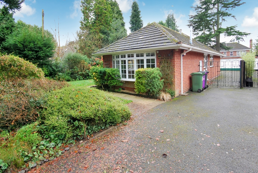 3 WOOD ROAD, Tettenhall