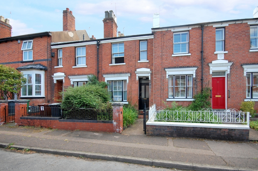 18 CRANMORE ROAD, Off The Tettenhall Road